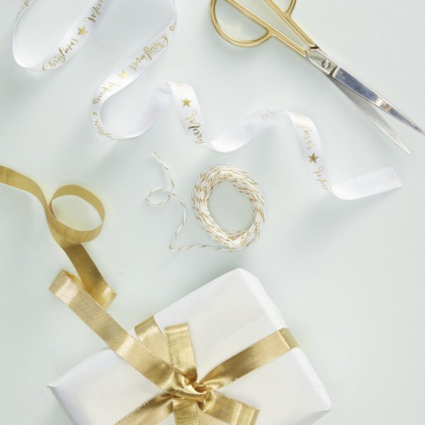 MS-160_Gold_Wrap_Kit_With_Ribbon_&_Twine[1]